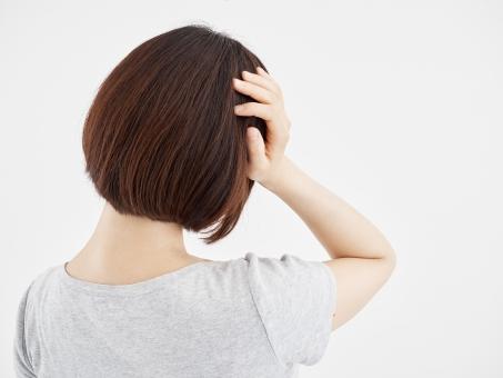 頭の痛みほっておくと痛みが慢性化したり、一度よくなっても繰り返し起きてしまうことがあるので注意が必要です。